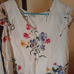 White floral blouse from Old Navy nwot size L